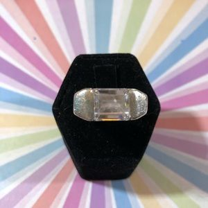 Awesome sterling silver cubic zirconia ring 90's